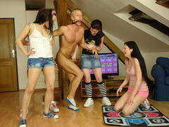 4 girls & naked man