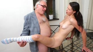 Simona's first time blowjob on her tricky old teacher
